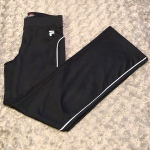 Womens vintage Fila track pant size small